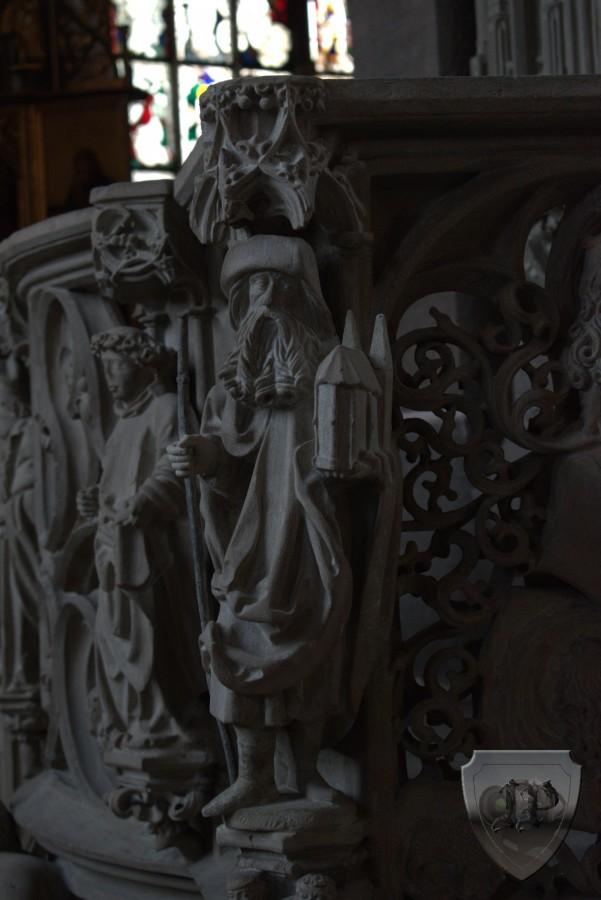 Aus der ST. Lorenz Dom Besichtigung in Nürnberg