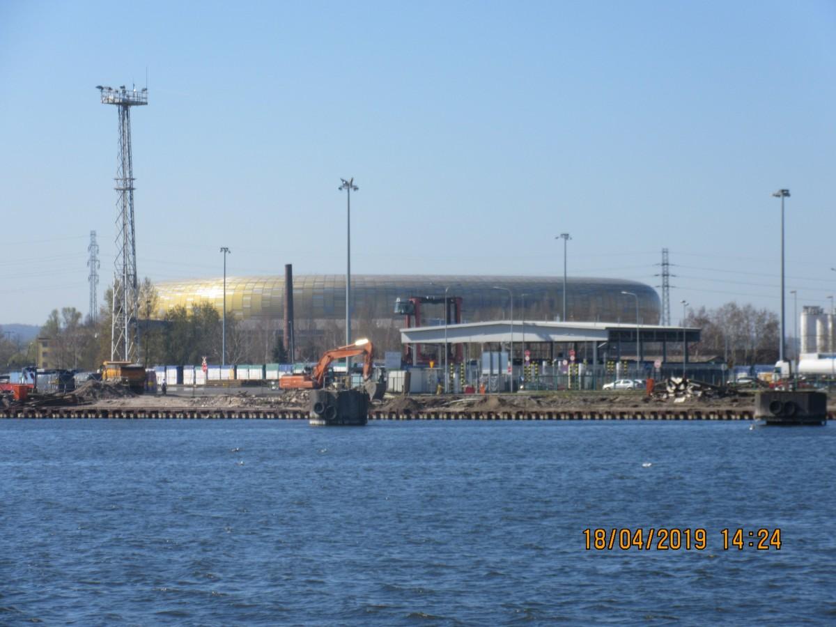 Stadion Energa Gdansk von der Wisla - Einmündung Kanal Kaszubski
